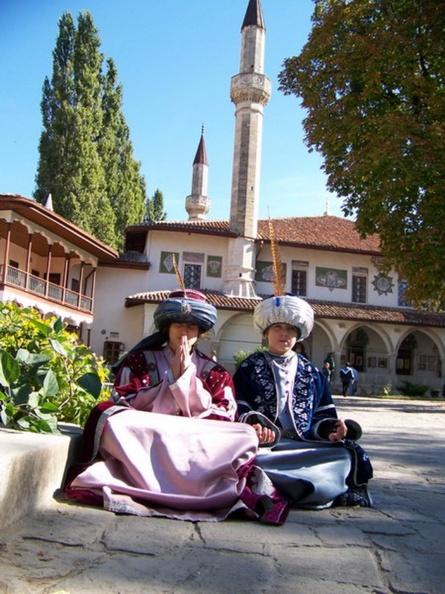 Бахчисарайский дворец Крымских ханов, прокат восточных  костюмов