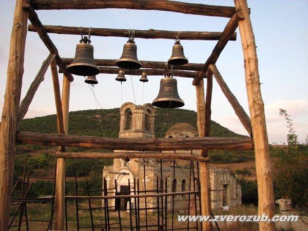 Храм в греческой деревни Лаки, Бахчисарайский район, восстанавливается силами объединения греков Крыма