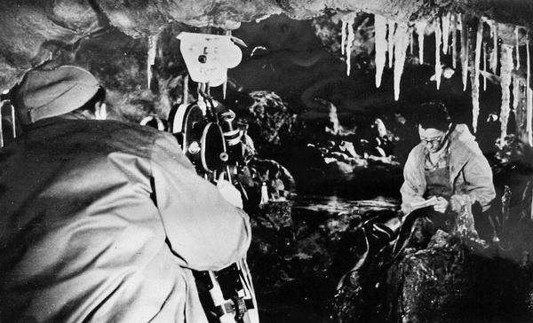 Виктор Николаевич Дублянский во время съемок научно-популярного фильма