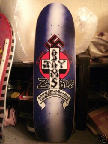 Доска Z-Flex Nazi-Skate. Дизайн - Jayboy Adams